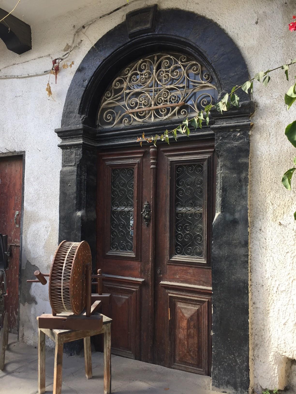 02 PIC OF OLD DOOR